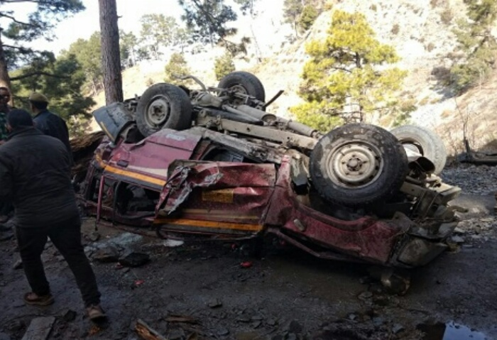 Five dead, eight injured in Ramban road accident